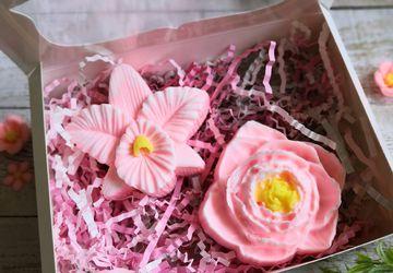 """Набор из мыла """"Розовые цветы"""""""