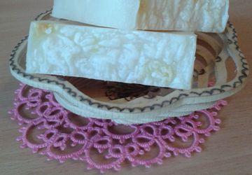 Натуральное мыло с кокосом и нотой жасмина