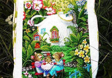 Картина из бисера - Мышки Хохотушки (полная зашивка)