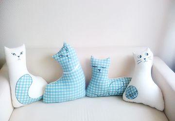 """Набор диванных подушек """"Кошки"""""""