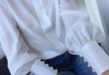 Белая блузка из хлопка