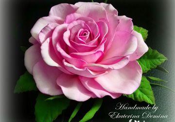 "Заколка ""Розовая роза"""