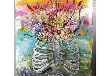 Цветы в груди