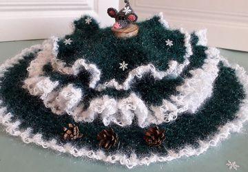 Вязаная юбочка для новогодней ёлочки.