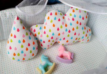 Подушки в детскую кроватку