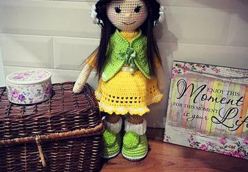Кукла в шапочке