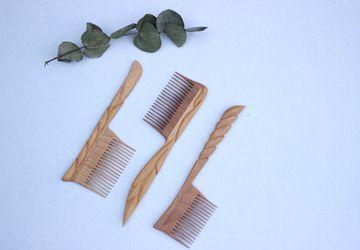 Расчёски деревянные резные с ручкой