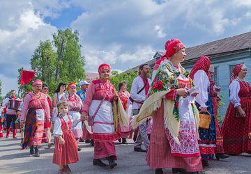 Праздник народных мастеров России