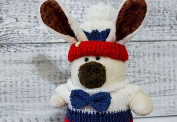 Зайчик Снежик в триколоре