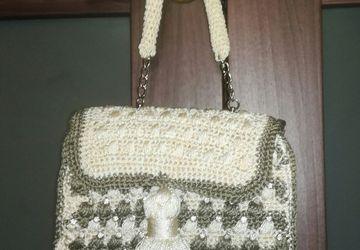 вязанная сумочка из шелка