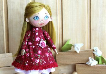 Текстильная интерьерная куколка Агаша.