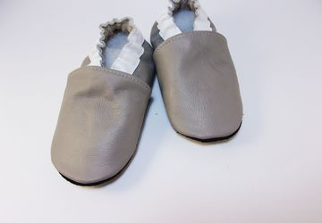 Кожаные тапочки - чешки