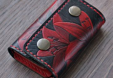 """Кожаный женский кошелек """"Красные лилии"""""""