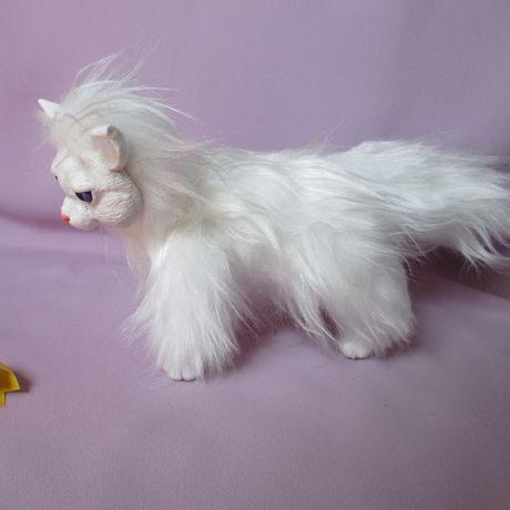 игрушка кошка смешаннаятехника искусственныймех белый каркаснаяигрушка игрушкиручнойработы полимернаяглина
