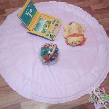 игра одеяло игрушки коврик дети