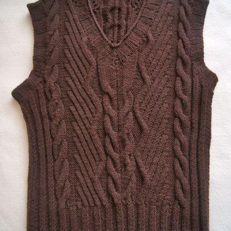 вяжуназаказ вязанаяодежда дляженщин мода женскаяодежда вязаниеназаказ вязание тепло жилетка стиль уют