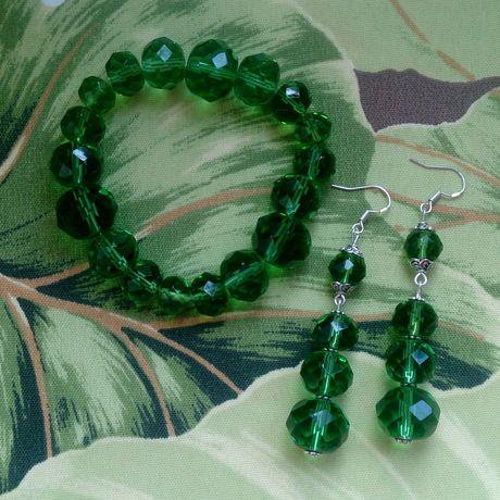 серьги браслет гипоаллергенные ручнаяработа комплектукрашений зеленый подарок изумруд