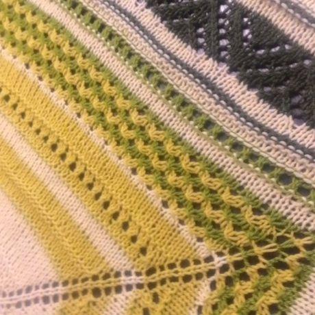 спицами шаль вязание косынка бактус