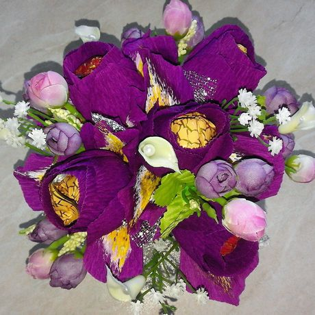 конфет ирис букет розы сладости цветы подарок