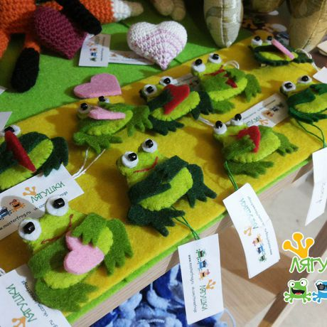 frog лягушкаквакушка улыбательнаяброшь фетроваяброшь ква froggie littlefrog greenfriend brooch softpin трилягушки царевналягушка
