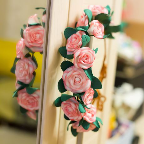 фоамиран нежный красивый розы свадебный белый венок цветы атлас