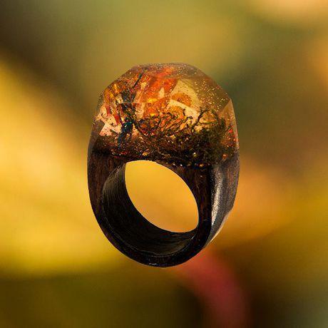 handmade olyaki wooden woodenribgs jewellery jeweleeryresin epoxyresin деревянныекольца кольцаиздереваиювелирнойсмолы ювелирная необычныйподарок ручнаяработа смола подарок