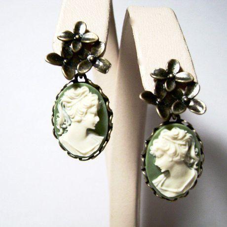 камеи серьги зелёный гвоздики винтаж камея купить подарок бижутерия девушке женщине
