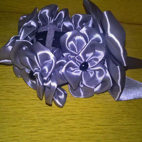 украшение канзаши подарок резинка