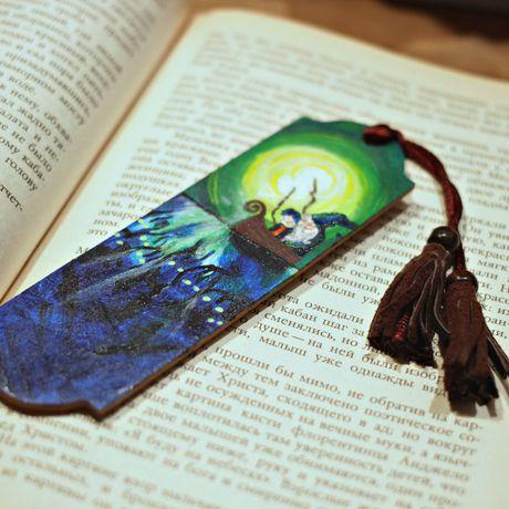 маме мальчика девочки книги закладка ручная для другу роспись работа выжигание девушке все учителю деревянная случаи подарок книголюбу