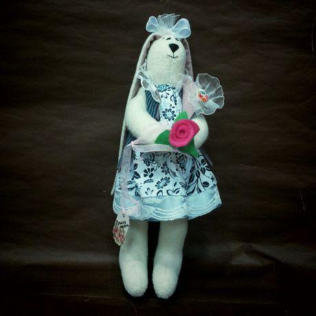 заяц люблютворить аворамок зайкатильда игрушки шьюназаказ свадьба молодожены зайцы подарок hendmade ручнаяработа дети