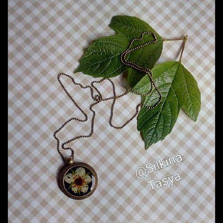 смола подвеска клубника белый клубничный эпоксидная кулон цветы черный лето сухоцветы подарок эпоксидка эпоксидной