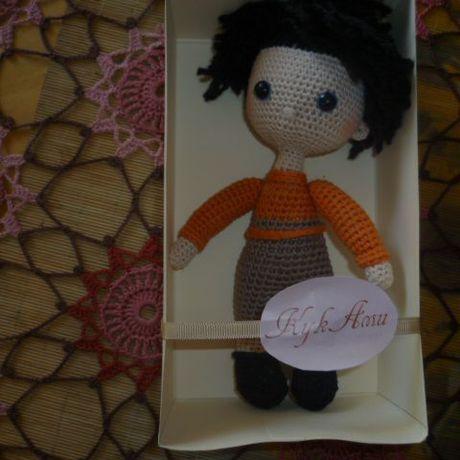 вязаная авторская работы ручной игрушка кукла человечки бежевый