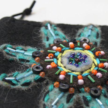 кошелёк кошелечек кошелек арттекстиль косметичка войлок техноэтно бохоброшки вышивка сумочка чехол цветок