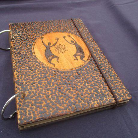пирография а6 блокнотнакольцах деревянныйблокнот scetchbook soulbook artbook burningwood woodbook woodburning выжиганиеподереву вналичии pyrography планшетдлярисования дляграфики дляскетчей дляакварели скетчбукнакольцах скетчбук планшет handmade ручнаяработа