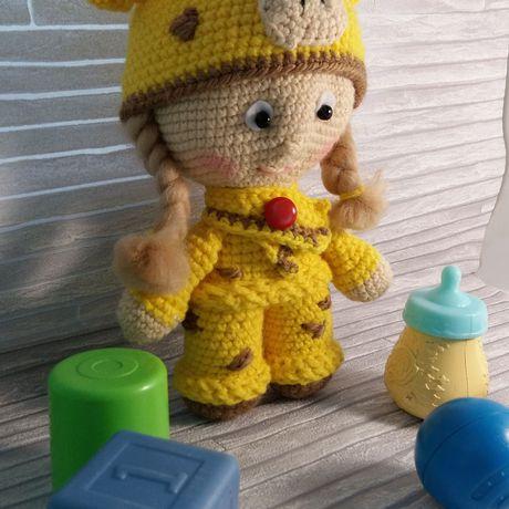 девочка кукла малышка