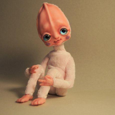 кукла интерьерная ручнаяработа каркасная пришелец инопланетянка