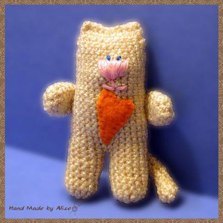 шарфик беж забавный игрушка котик амигуруми вязание крючком розовый зеленый