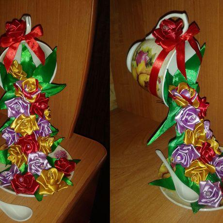 красивая летающая чудесная презент композиция розы необычная чашка цветы атлас подарок