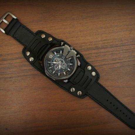 купитвмоскве часынаширокомбраслете часывмосквекупить часымужские браслетизкожи часынаширокомремешкеизкожи широкийбраслет часыизнатуральнойкожи подароккупить подарокмужчине браслетизнатуральнойкожи часы москва подарок
