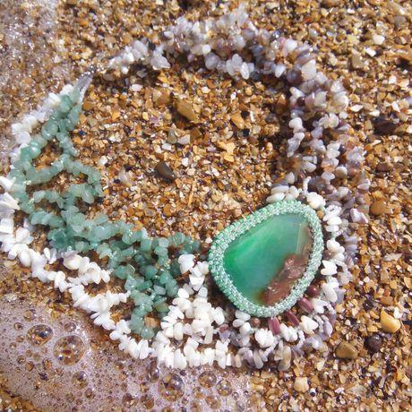 авторскаяработа натуральныйагат ожерельеизнатуральныхкамней камниоплетенныебисером ожерелье