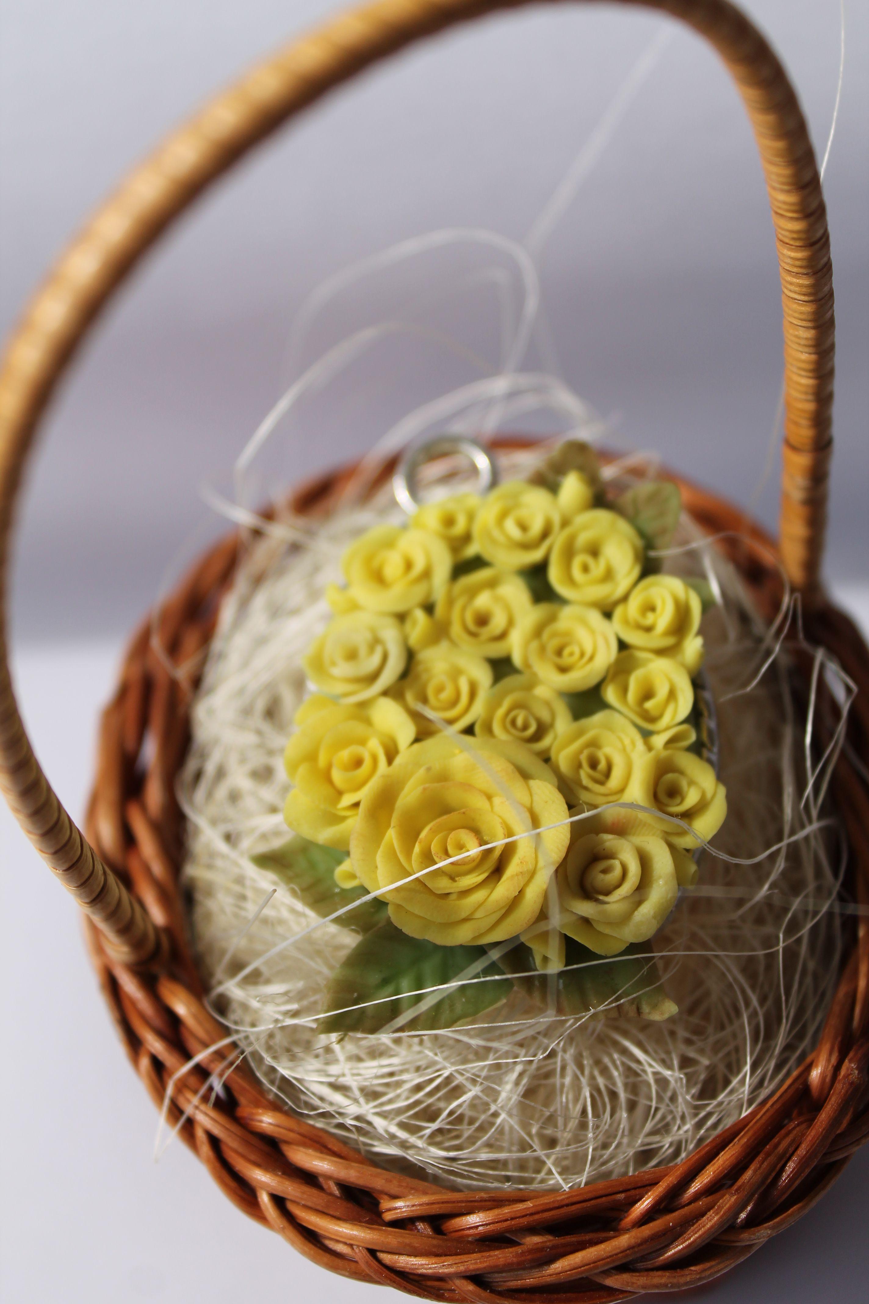 полимерная глина розы подвеска