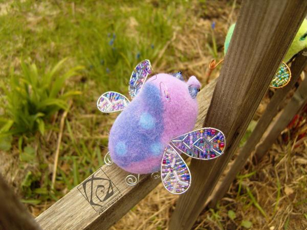 крылья насекомое игрушка сиреневый сиреневая сухоеваляние валяниеизшерсти крылышки бисер муха подарок