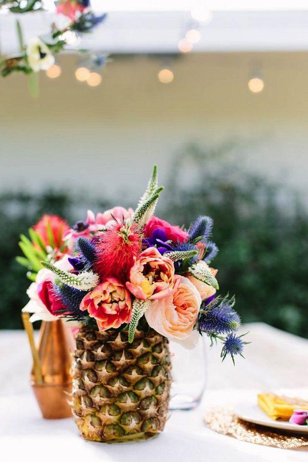 руками из ваза необычная вечеринка пляжная ананаса своими