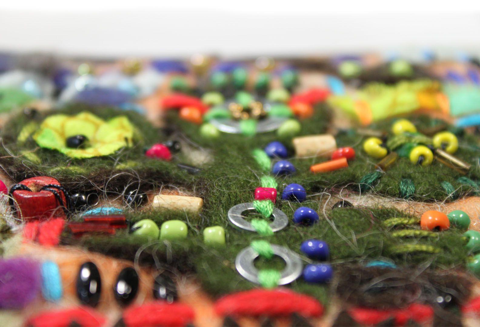 бохоброшки войлок техноэтно вышивка декоративноепанно арттекстиль дерево смешаннаятехника