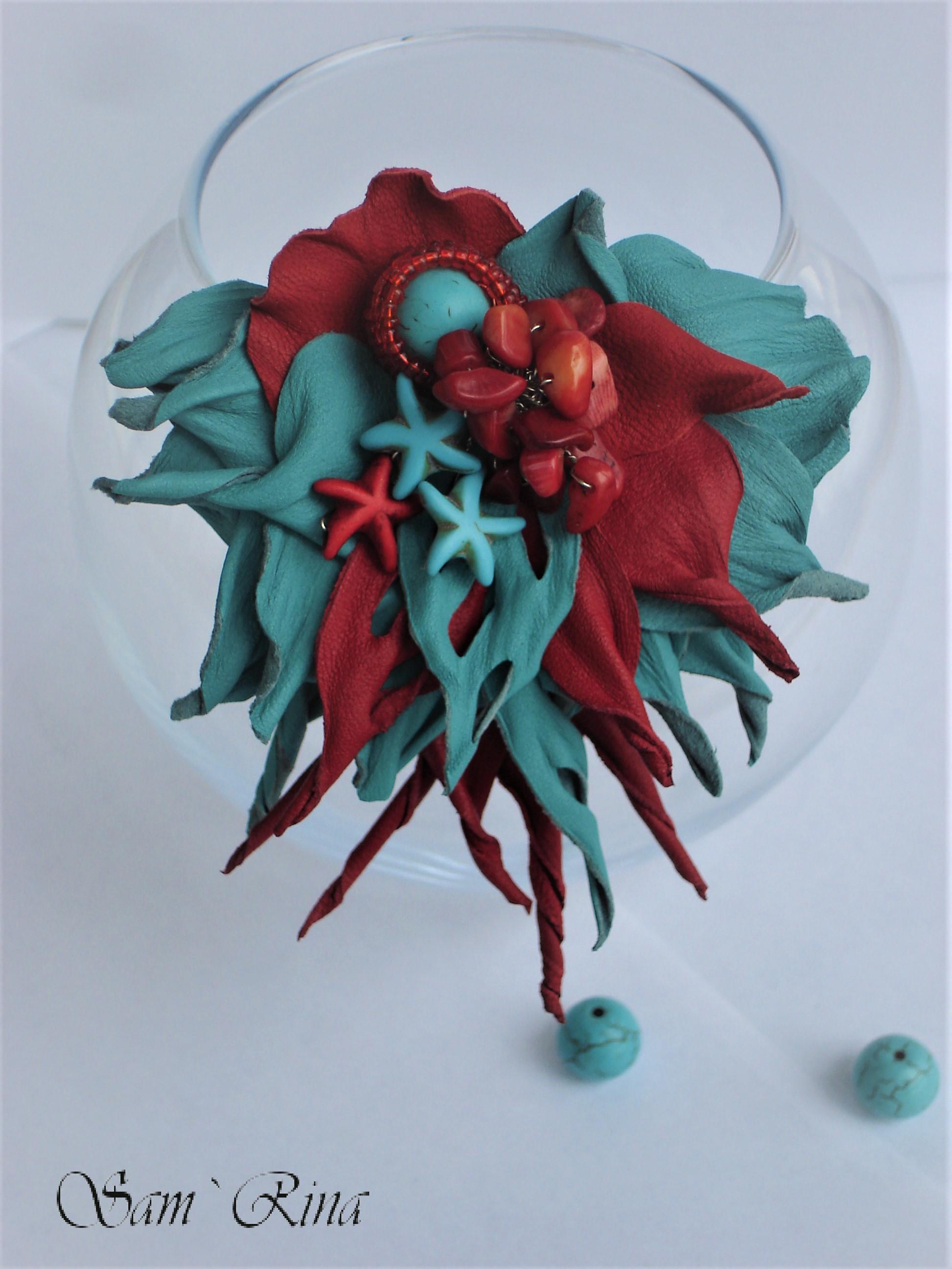 ручнаяработа акссесуары простокрасотка хочутакую брошь украшение цветокизкожи handmade творчество своимируками