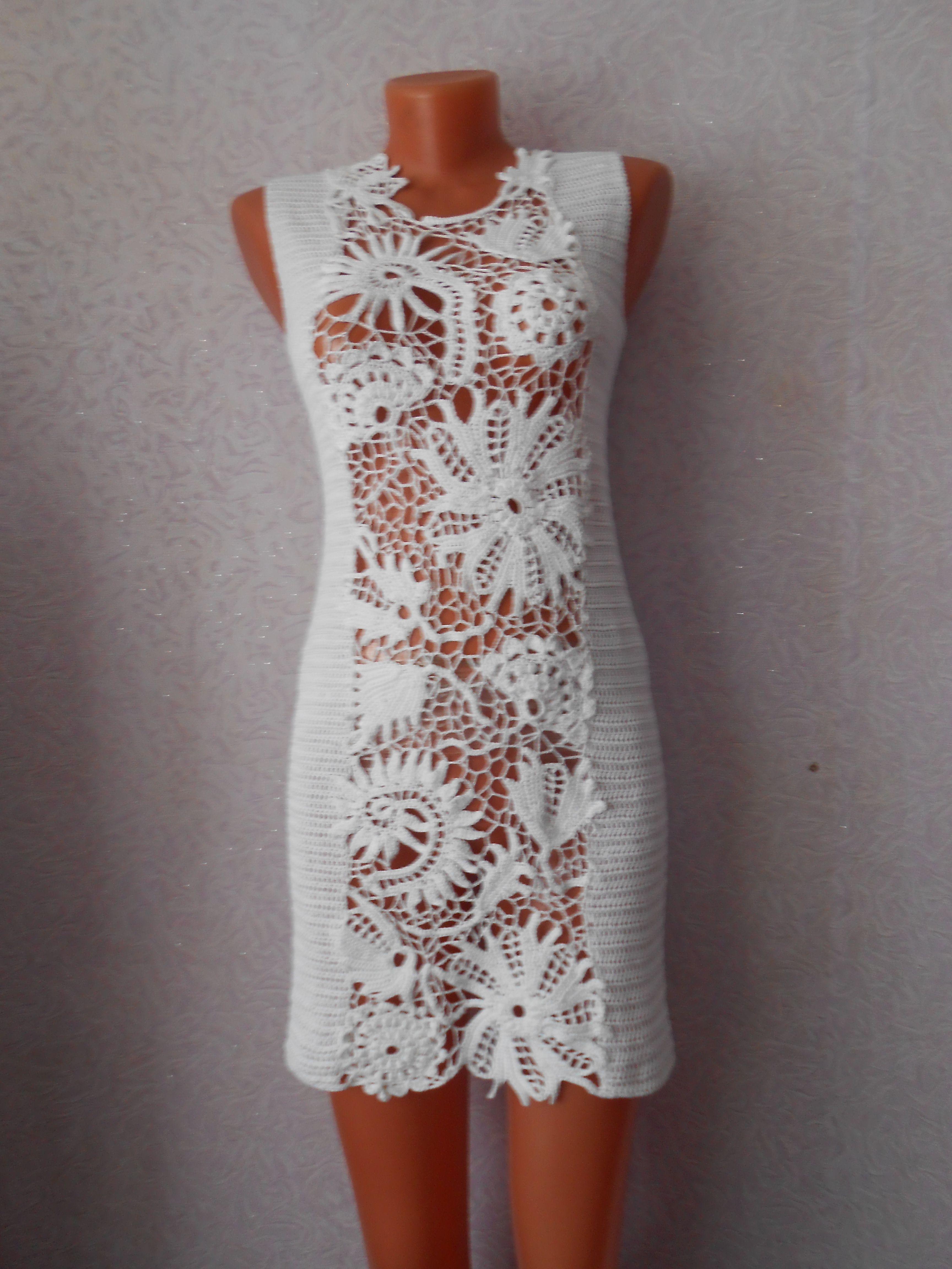 связано приталенное связанкрючком летнее платье нарядное крючком