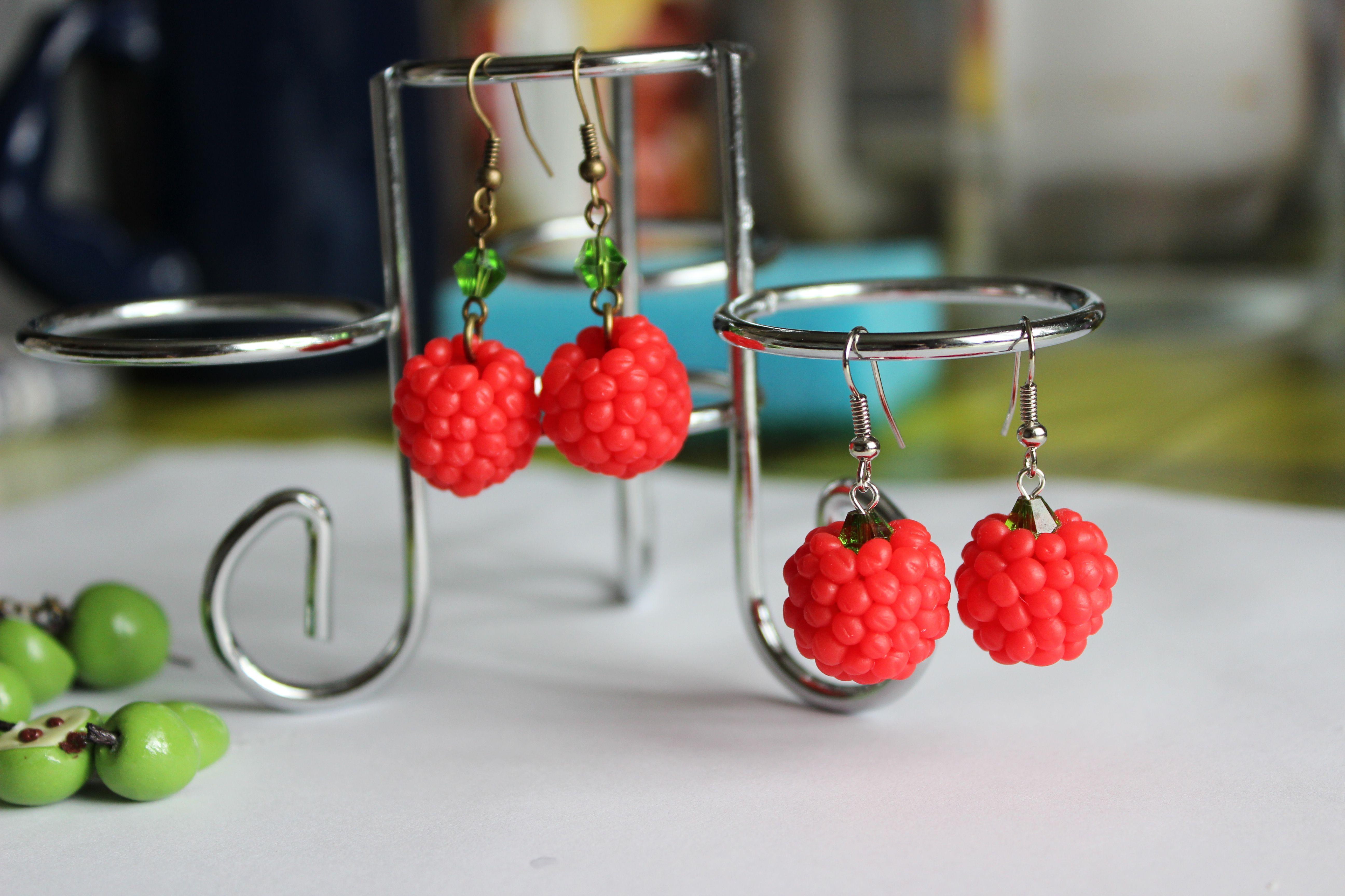 глина малина красные украшения серьги яркие бижутерия ягоды лето