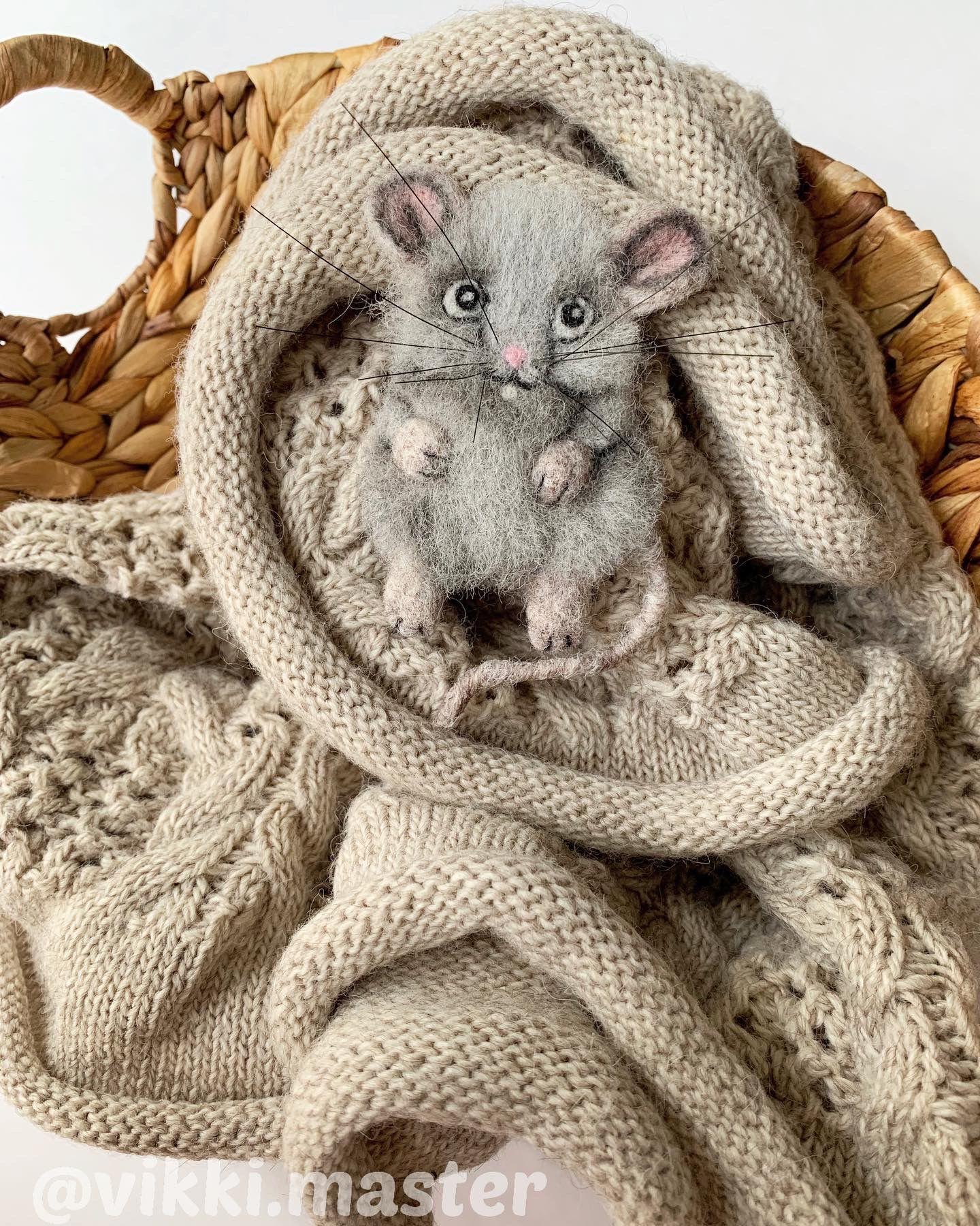 белая подарок 2020 символ китайский год новый крыса брошь календарь мышонок восточный