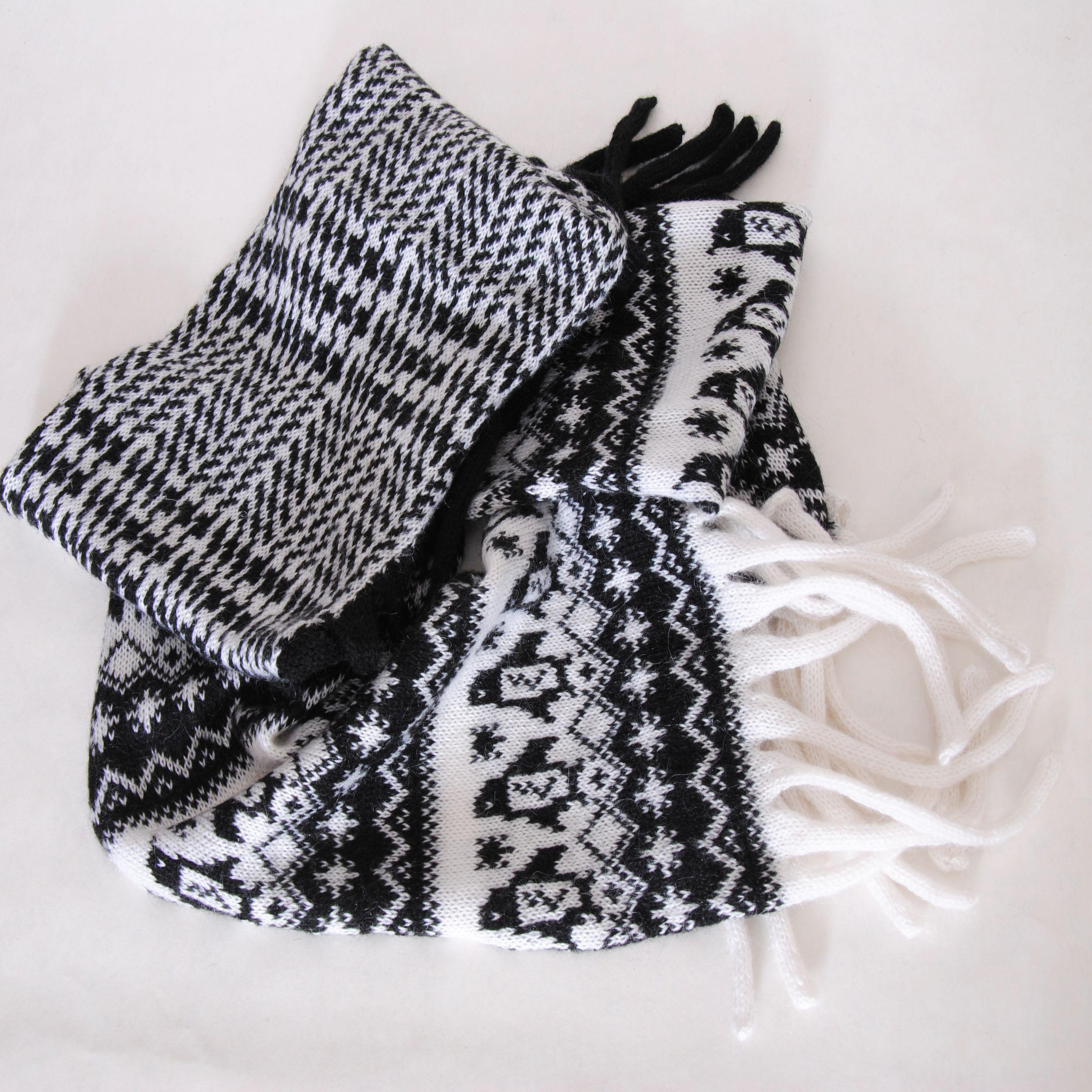 чёрный ручнаяработа вязаный палантин подарок купить жаккард шерсть девушками белый шарф