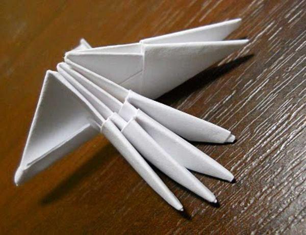 Оригами из бумаги: лебедь 5